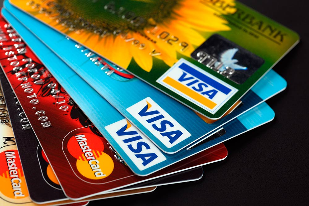 Benefits of Using Credit Cards When Planning Your Trips