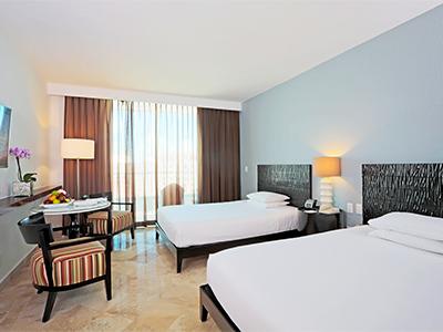 The Krystal Grand Punta Cancun Hotel