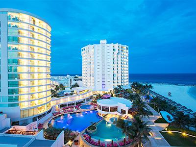 Reflect Krystal Grand Cancún