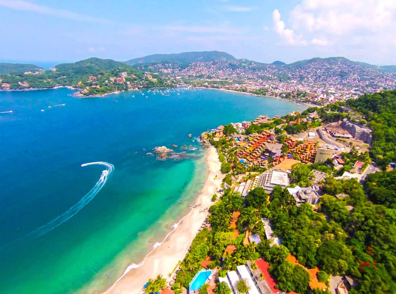 Hotel Catalina Beach Resort, Ixtapa - Zihuatanejo | BestDay.com