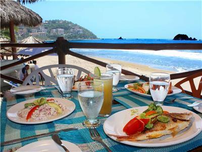 Fontan Ixtapa Beach Resort In Zihuatanejo Mexico Hotel Booking