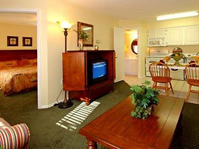 Hotel Oak Plantation Resort, Kissimmee | BestDay.com