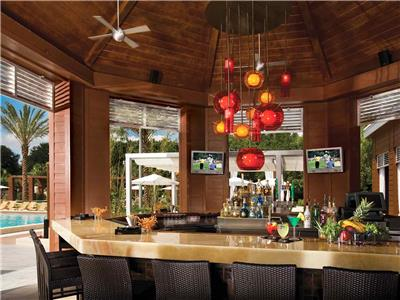Walt Disney World Swan Hotel in Lake Buena Vista United