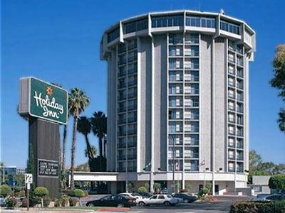 Holiday Inn Long Beach Airport Hotel In