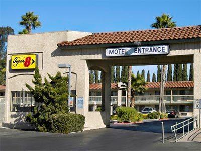 Super 8 Ontario Ca Hotel In Los Angeles Area United States Los