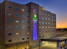 Holiday Inn Express and Suites Mexicali