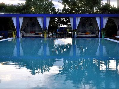 Pool S Beach