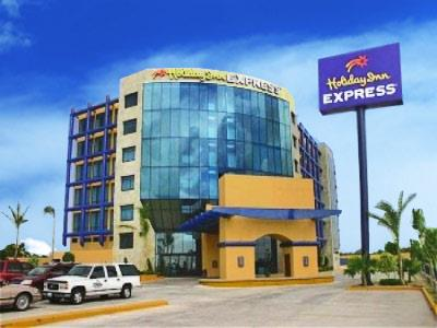 Holiday Inn Express Nuevo Laredo Hotel In Mexico Booking