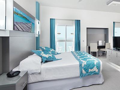 Riu Playa Blanca  Bedroom Family Room