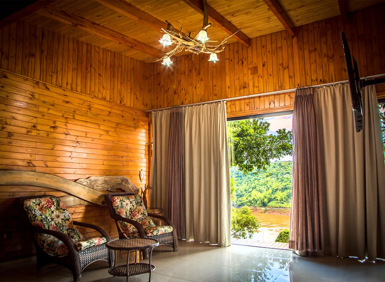 Hotel Tupa Lodge Puerto Iguazú Bestday Com