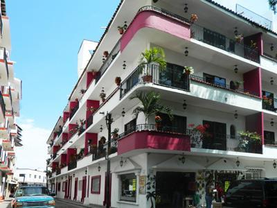 Suites Plaza Del Rio Vallarta Centro In Puerto Mexico Hotel Booking
