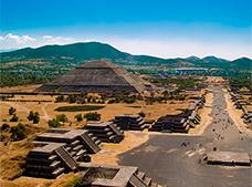 2x1 Teotihuacan with Basílica and Xochimilco Tour