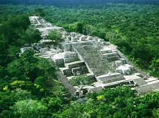 Calakmul and Balamku Tour