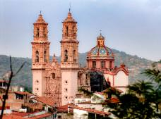 Full Day Tour to Cuernavaca and Taxco