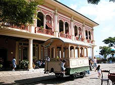 Guayaquil Historic Park Tour