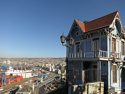 Coastal Vina del Mar and Historic Valparaiso Tour