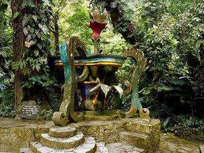 Jardin Surrealista Tour In Xilitla And Huahuas Ciudad Valles